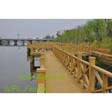 WPC Garden Floor PE Composite Wood Fencing Streamside WPC Railing